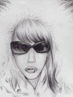 Bleistiftzeichnung Frau Mantel Sonnenbrille